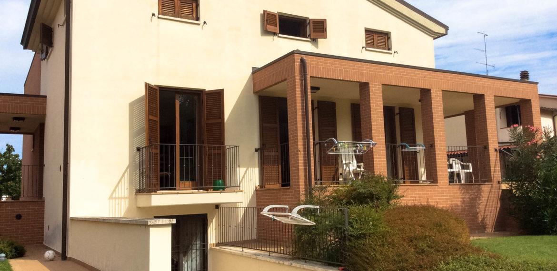 Arezzo vendesi villa Singola (1)