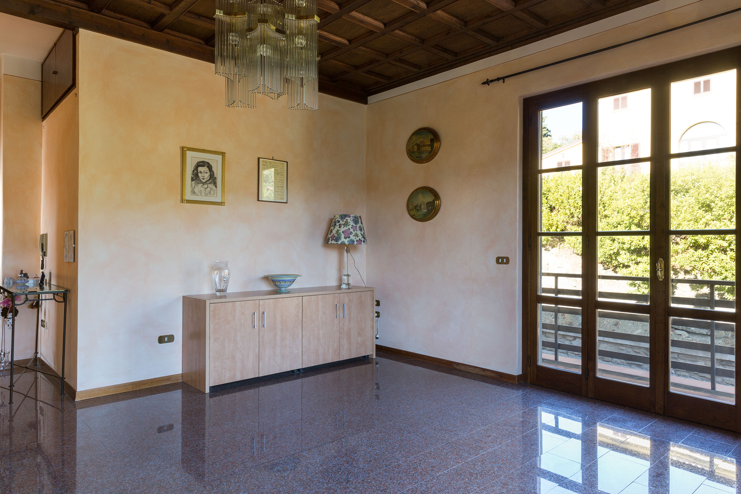 arezzo-vendesi-villa (9)