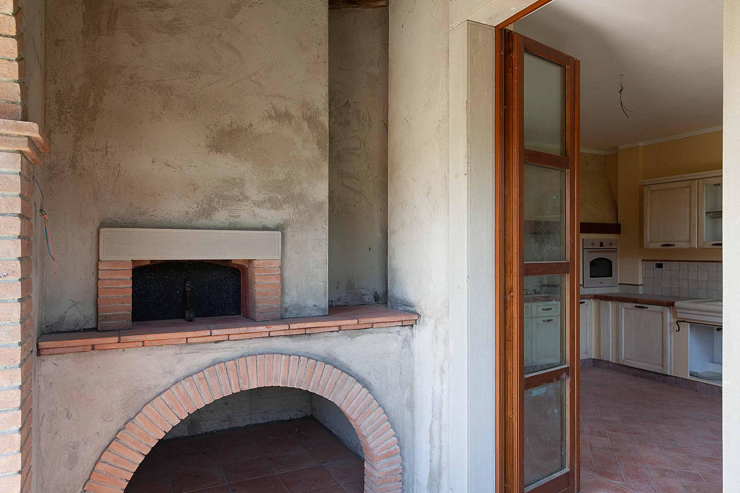 Tregozzano vendesi villa singola (12)