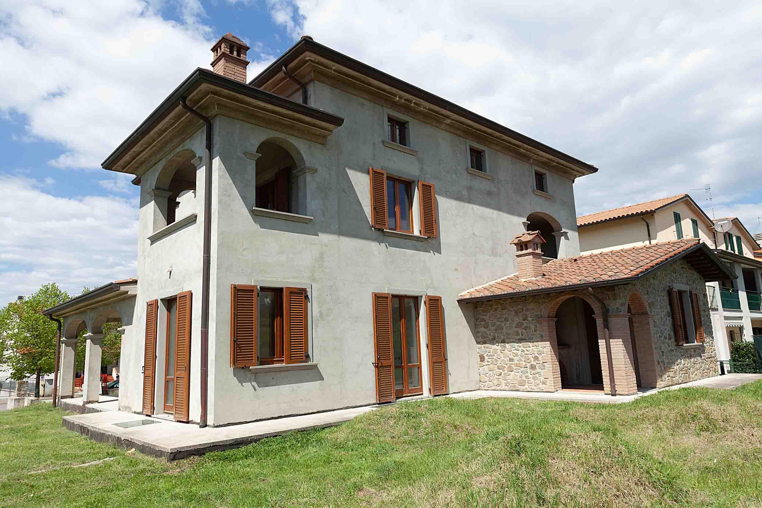 Tregozzano vendesi villa singola (5)