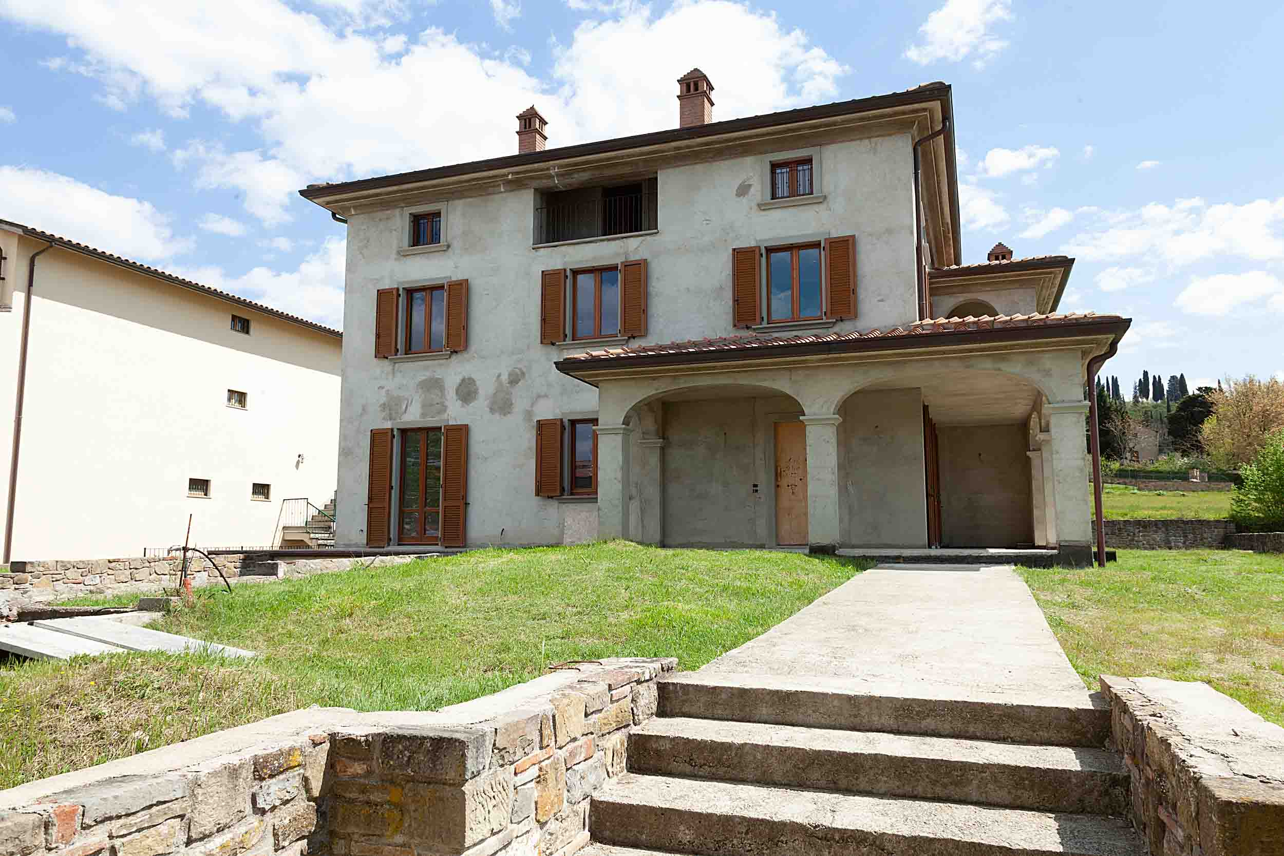 Tregozzano vendesi villa singola (9)